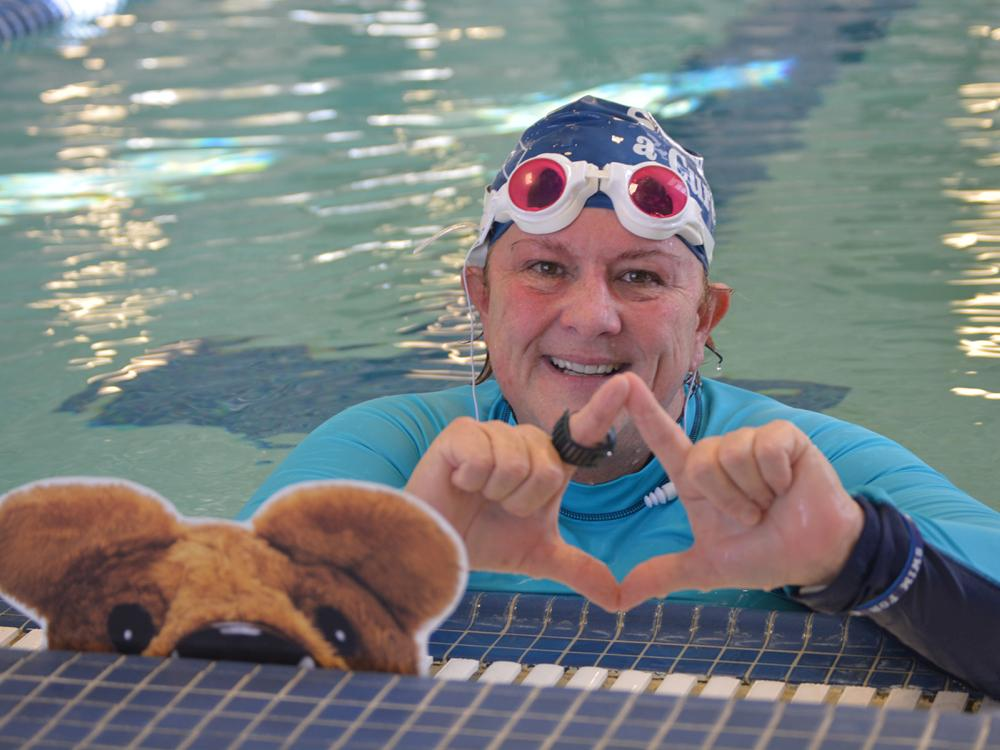 Holly Maitland-Mckenna in pool