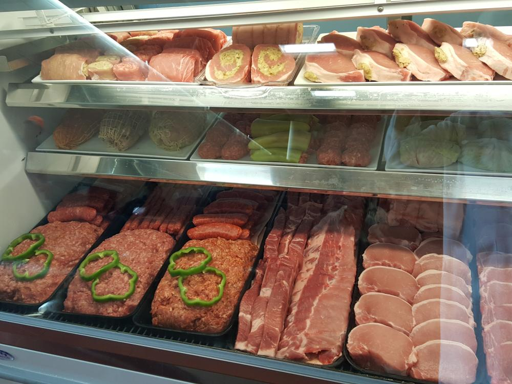 Meat display case