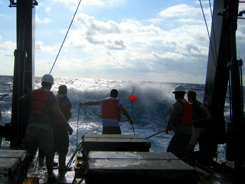 retrieving a drifter using a grapple
